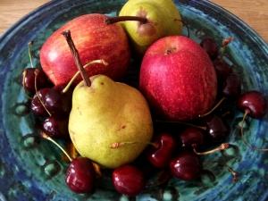 fruit-bowl-1425441-m
