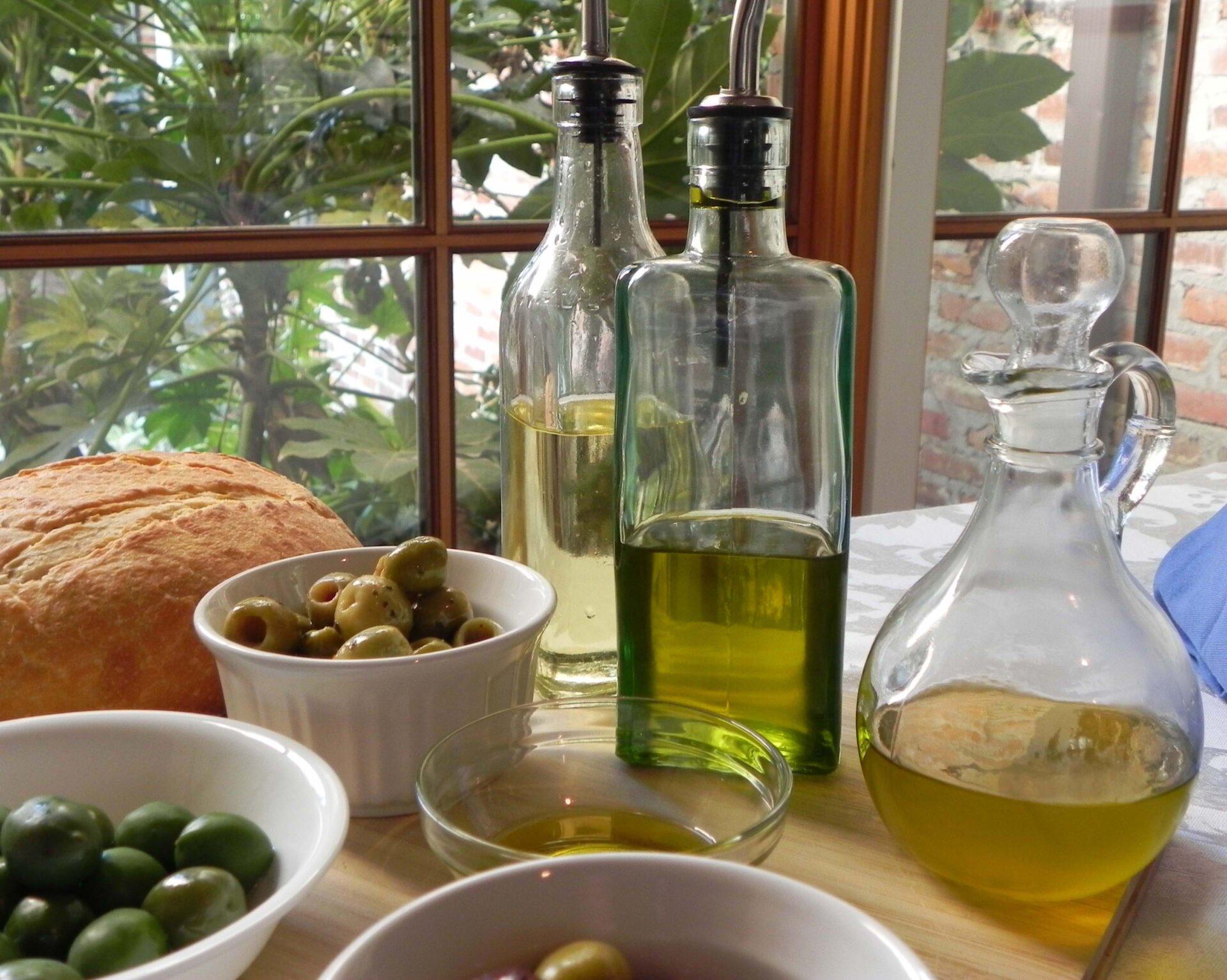 olivegroup-indoorscropDSCN6815