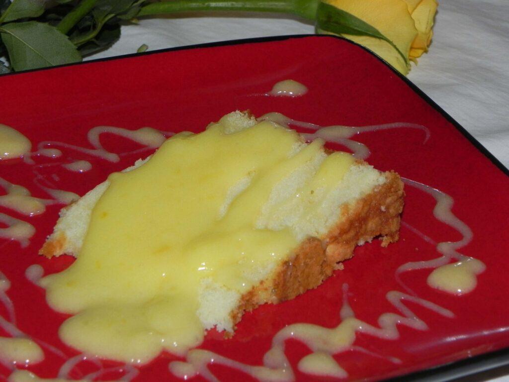 poundcake+lemonsauce-DSCN6680