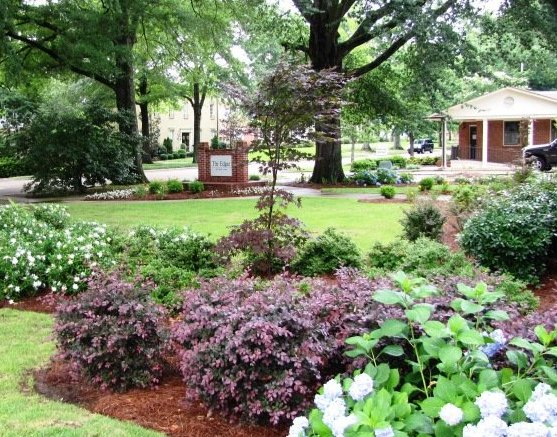 Photo courtesy of Good Earth Landscaping - 10 Summer Fun Ideas Around Oxford - HottyToddy.com