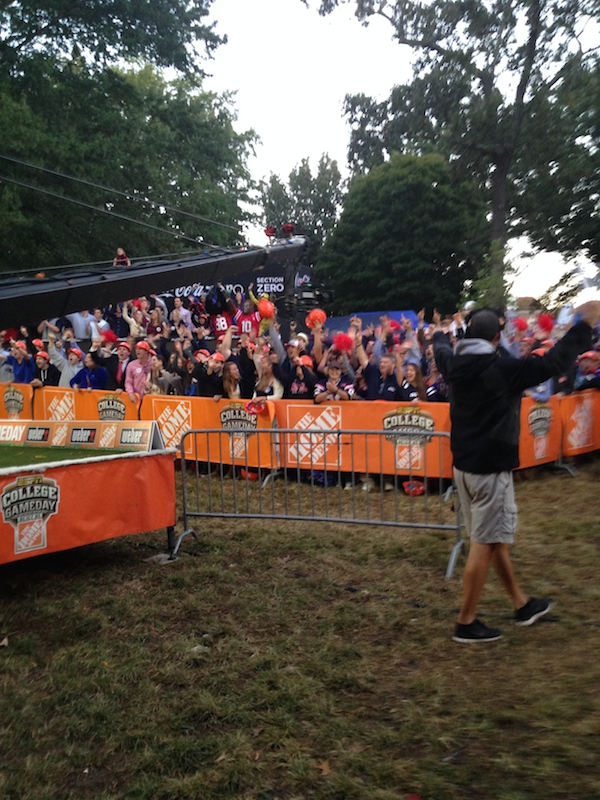 ESPN keeping the crowds pumped while shooting for College GameDay
