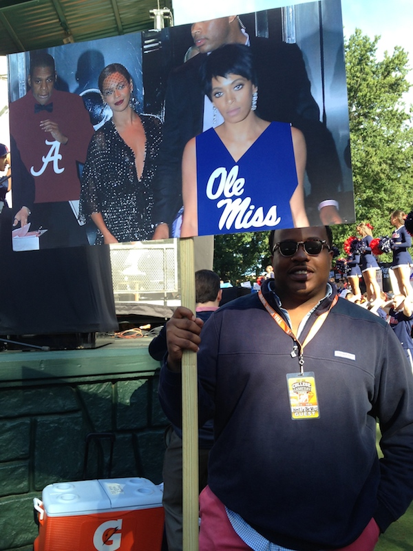 Ole Miss fan Oscar Pope shows off his witty sign for College GameDay behind-the-scenes