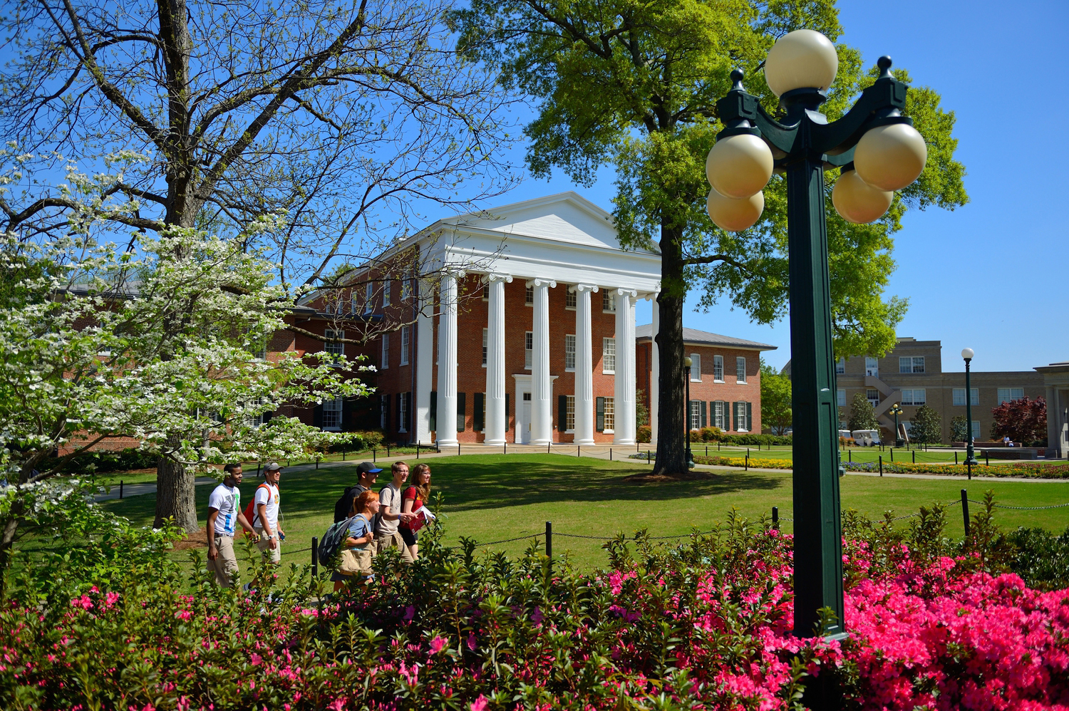 Princeton Review Ranks Ole Miss Among Most Beautiful