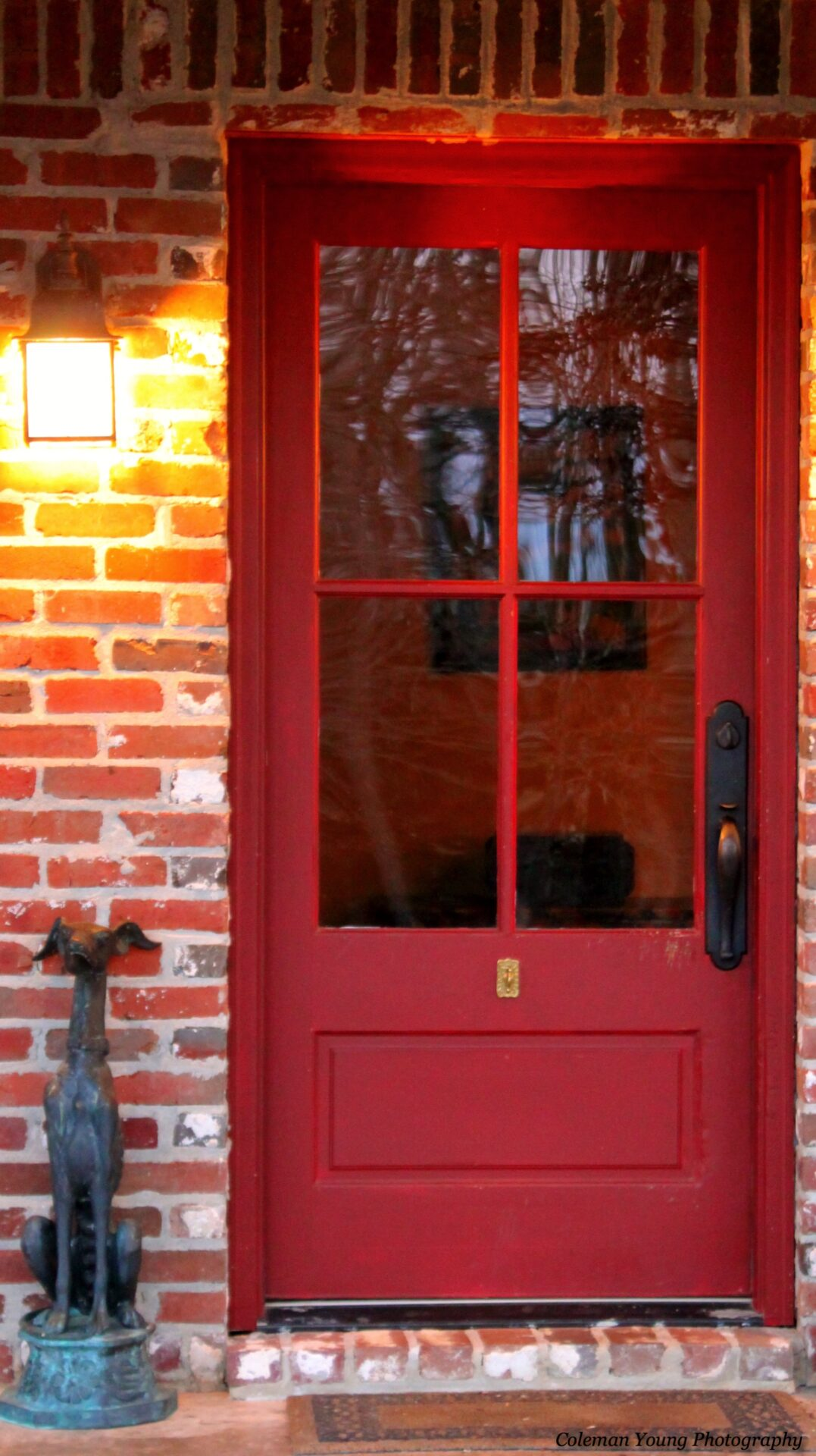 Paint the front door 7 great color choices to brighten - What color to paint front door ...