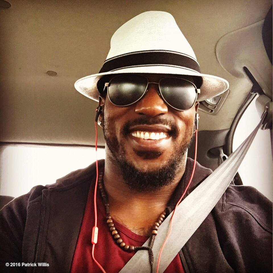 how tall is patrick willis