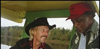 Kenny-Brown-with-R.L.-Burnside-on-Tractor.jpg