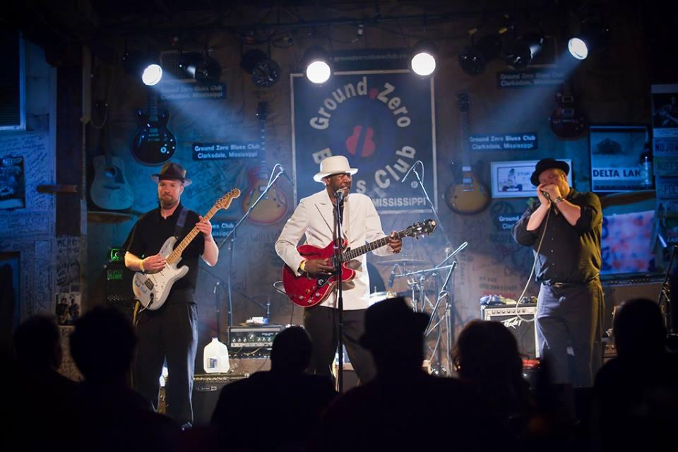 R.L. Boyce at Ground Zero Blues Club in Clarksdale, MS