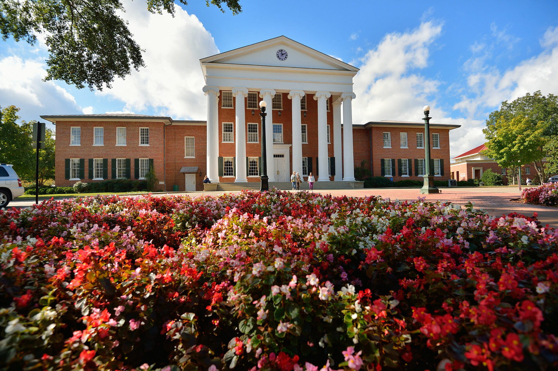 Vote Now Ole Miss In Running For Most Beautiful Us