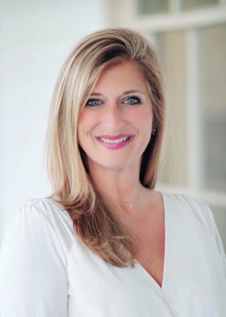 Robyn Tannehill - Photo Courtesy of Robyn4Alderman.com