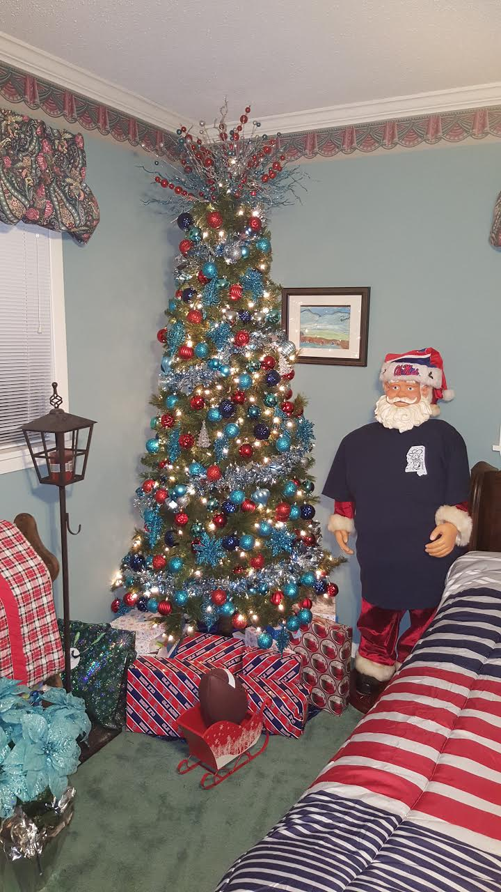 Miss Christmas Cast.Vote For Your Favorite Ole Miss Family Christmas Tree