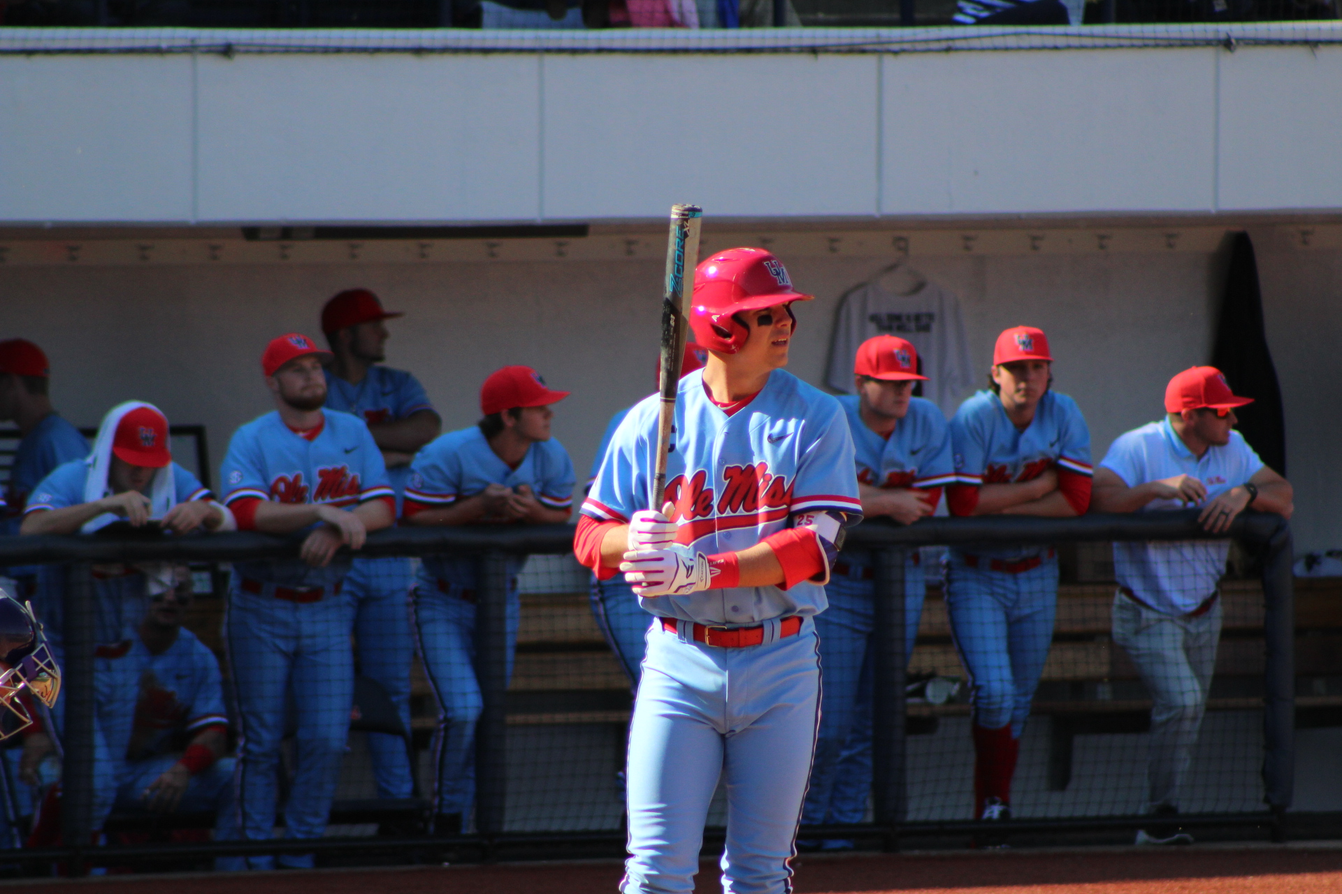 Rebs win, Vols-Bulldogs lose in SEC Tournament