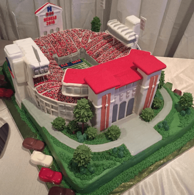 The Best Ole Miss Cakes Of All Time